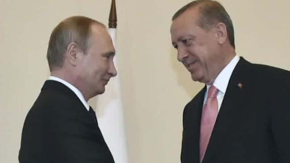 Russian President Vladmir Putin, left, meets with Turkish President Recep Tayyip Erdogan in 2016.