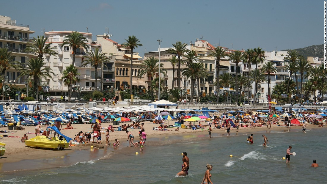 By contrast, Barcelona 1992 achieved a profound regeneration of the city, including of the now famous seafront.