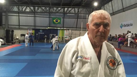 Coach Geraldo Bernardes at Instituto Reacao.