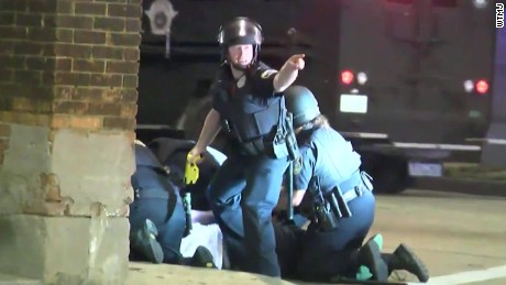 Raw video captures police protests in Milwaukee