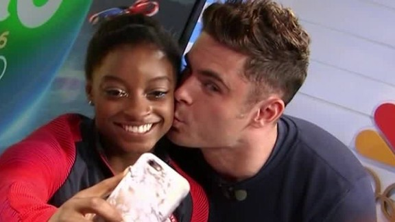 simone biles zac efron kiss video moos pkg erin_00001612.jpg