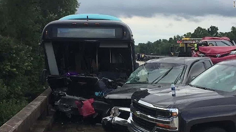 Baton Rouge floods: Workers' bus crashes into accident scene