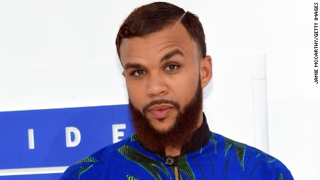 NEW YORK, NY - AUGUST 28:  Jidenna attends the 2016 MTV Video Music Awards at Madison Square Garden on August 28, 2016 in New York City.  (Photo by Jamie McCarthy/Getty Images)