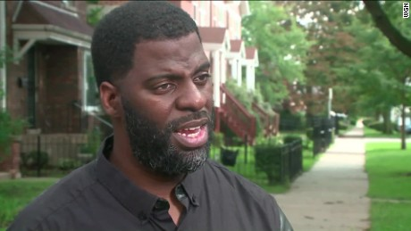 chicago police rhymefest apology pkg_00002210