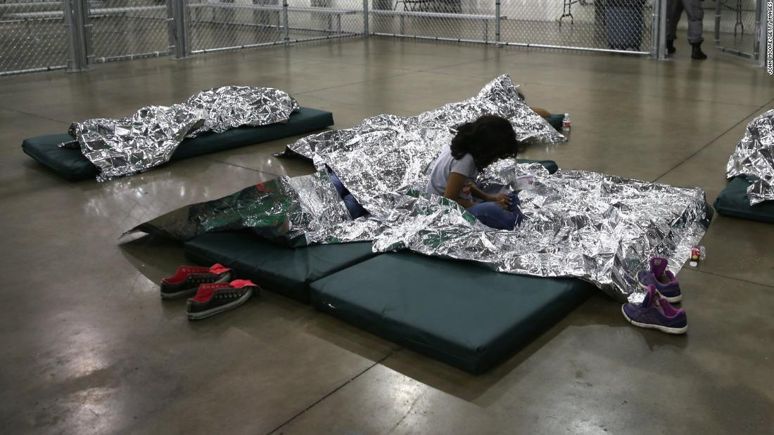 Shelters holding nearly 15,000 migrant children near capacity