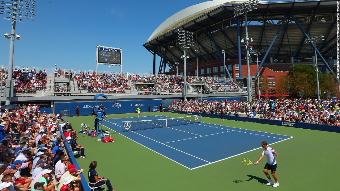 There was an early shock over on Court Five as 21-year-old Briton Kyle Edmund crowned his US Open main draw debut with a win against French world No. 15 Richard Gasquet in straight sets.