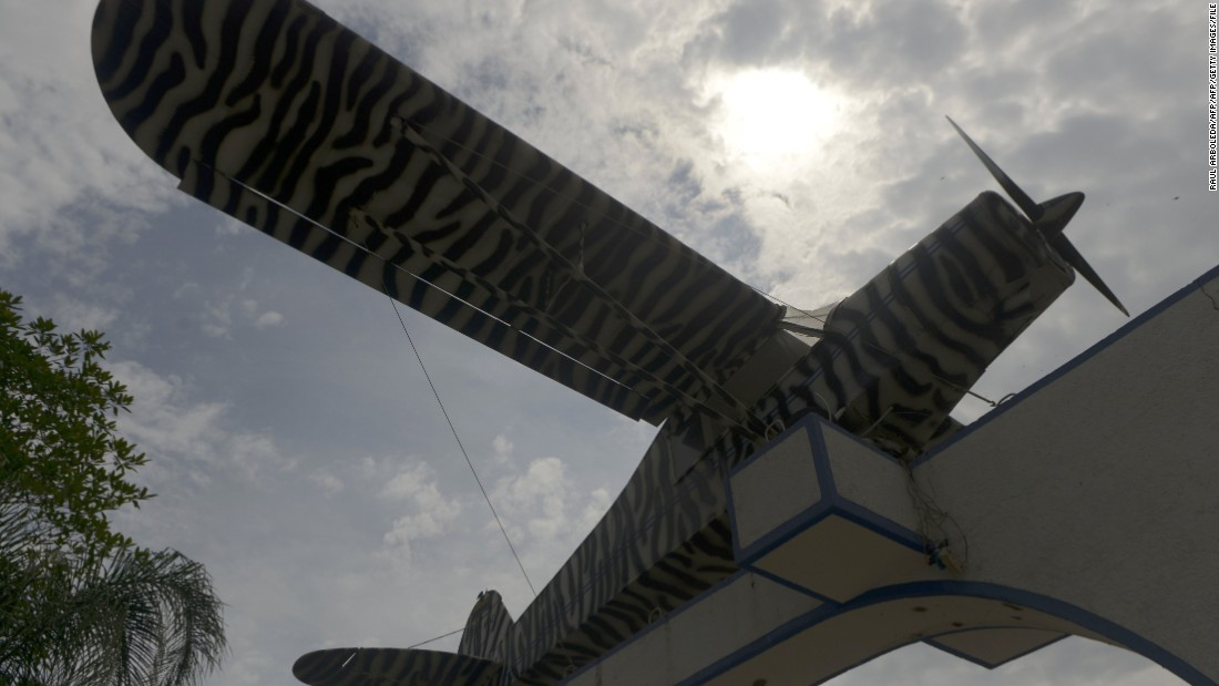 The Colombian single-engine airplane Escobar used to send his first cocaine shipment to the United States was incorporated into the park's entrance.
