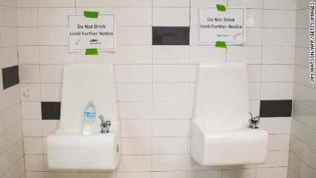 Michigan ACLU sues schools after Flint water crisis