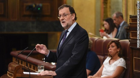 Spain's Prime Minister Mariano Rajoy addresses lawmakers on Friday.