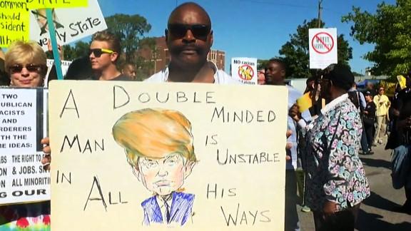 Donald Trump protesters outside Detroit church_00000000.jpg