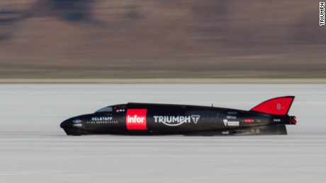 The Streamliner trialling on the Salt Flats.