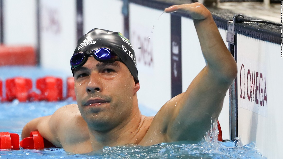 Daniel Dias, one of the poster boys of these Paralympic Games, didn't disappoint a partizan crowd in the swimming arena, comfortably winning gold in the 200m freestyle S5.
