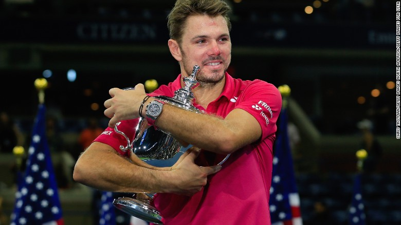 ผลการค้นหารูปภาพสำหรับ Stan Wawrinka shocks Novak Djokovic to advance to US Open quarterfinals after world No. 1 retires