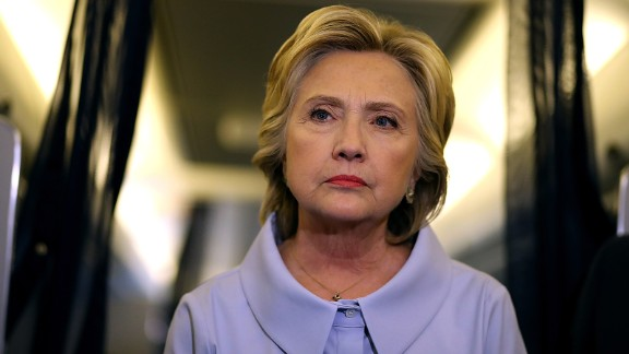Hillary Clinton meets with reporters on her campaign plane enroute to Iowa on September 5, 2016. Hillary Clinton is kicking off a Labor Day campaign swing to Ohio and Iowa on a new campaign plane.