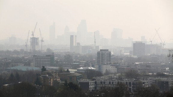 LONDON, ENGLAND - APRIL 10:  The City of London covered in smog seen from Hampstead Heath on April 10, 2015 in London, England. Air pollution and smog has blanketed much of central and Southern England today, posing a possible health risk to those suffering from respiratory diseases, older people and children, according to health charities. (Photo by Dan Kitwood/Getty Images)