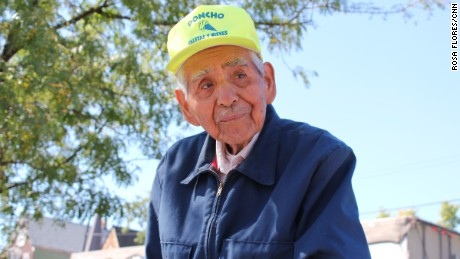 Internet comes through in a big way for 89-year-old popsicle man