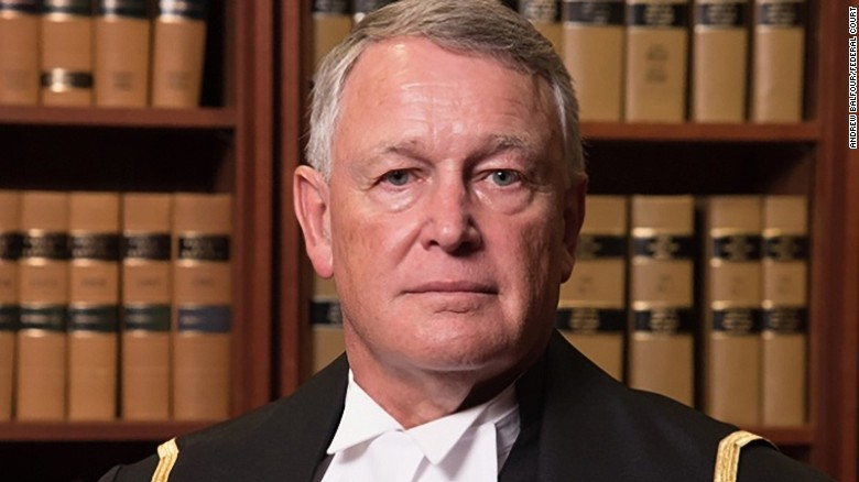 Controversial judge should go, committee says