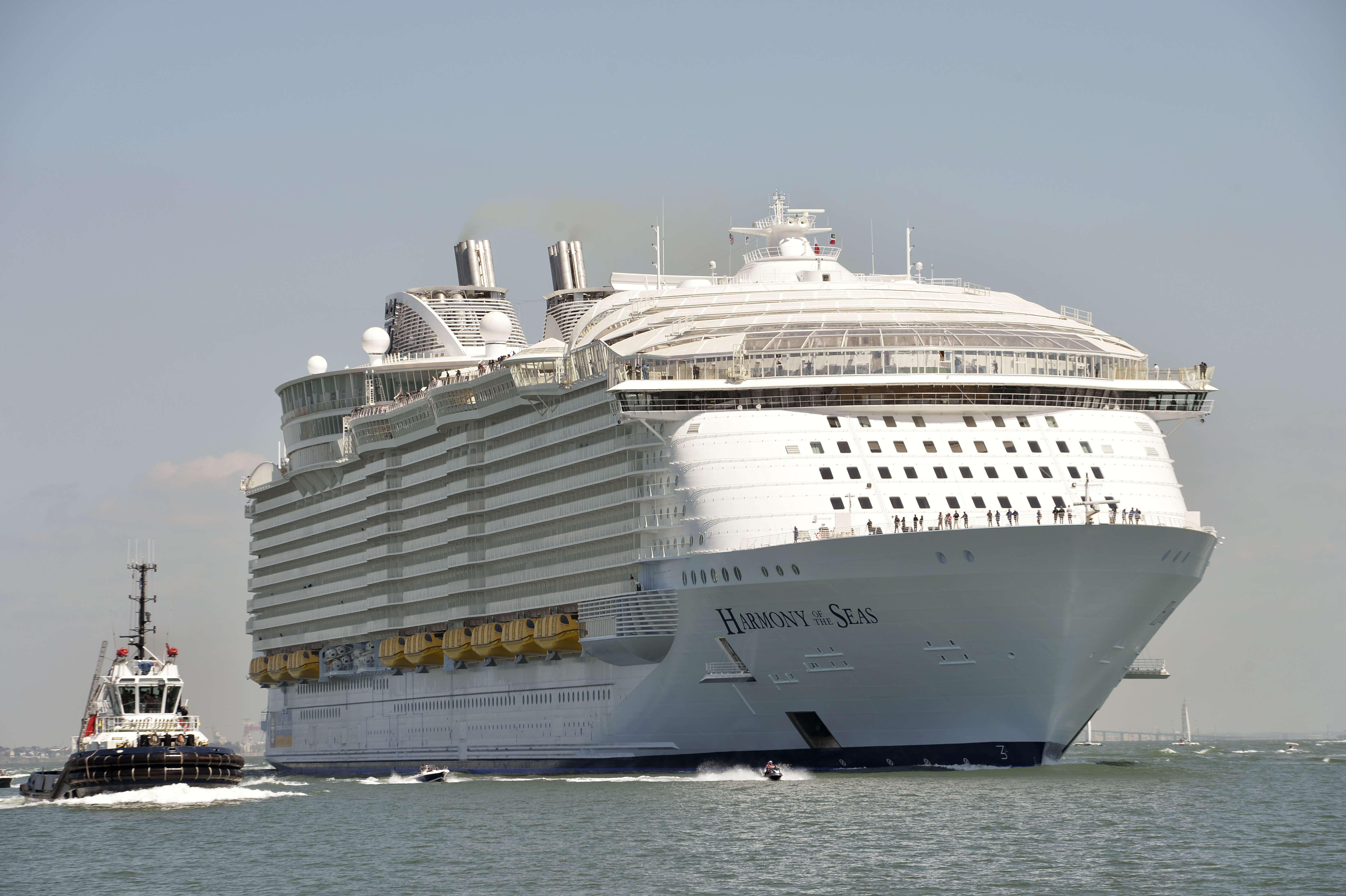 Search Suspended For Missing Cruise Ship Entertainer Cnn