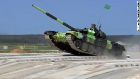 Video shows new Russian tank in action
