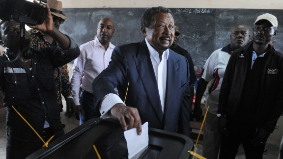 Presidential candidate Jean Ping casts his ballot at the Martine Oulabou school in Libreville during Gabon