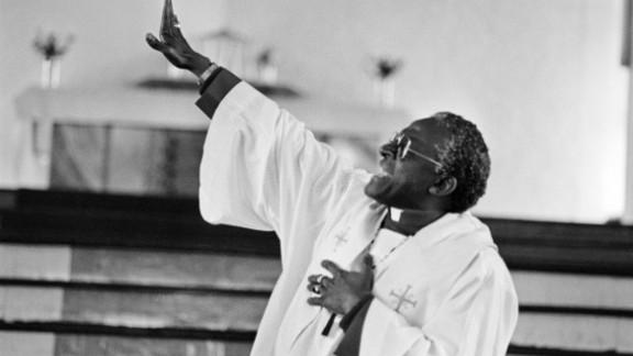 Tutu delivers a sermon at the Regina Mundi Church in Soweto, South Africa, in June 1985.