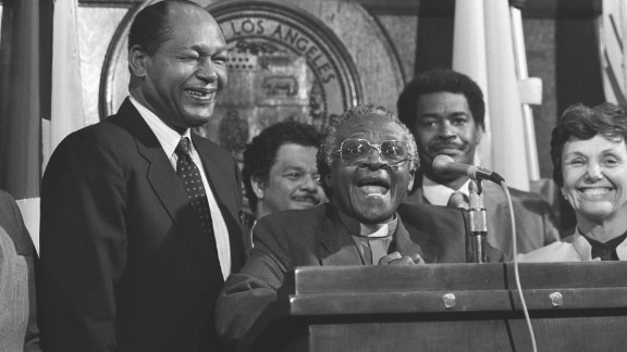 Tutu and Los Angeles Mayor Tom Bradley attend a news conference in Los Angeles in May 1985. Tutu, an outspoken opponent of South Africa's apartheid regime, was on a four-day fundraising tour in California.