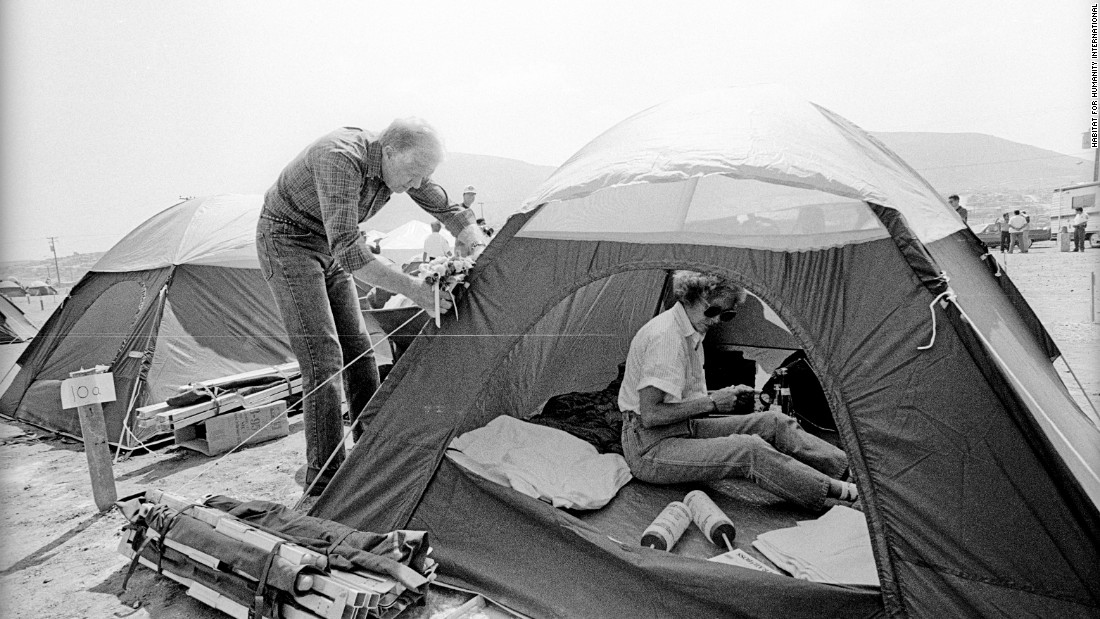 Jimmy & Rosalynn Carter set up their tent in Tijuana, Mexico, for their work project in 1990.