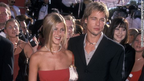 Actress Jennifer Aniston and actor Brad Pitt attend the 52nd Annual Primetime Emmy Awards on September 10, 2000 in Los Angeles, California.