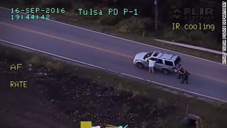 Cop kills unarmed Tulsa motorist