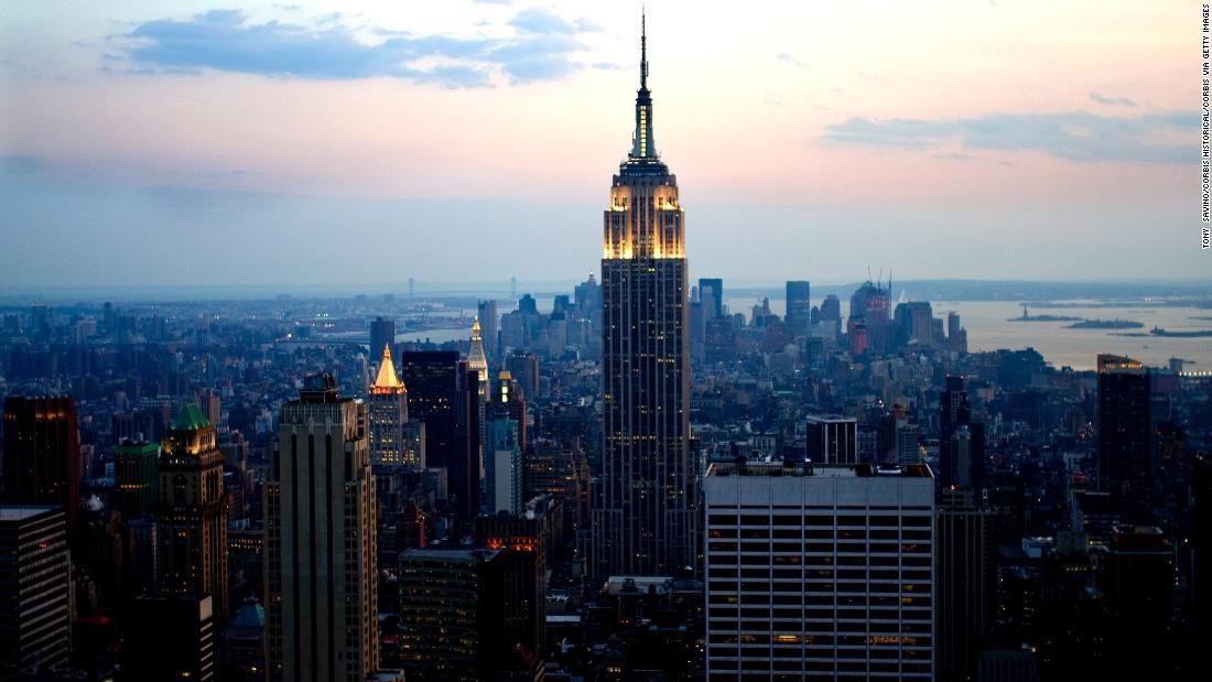 Νέα Υόρκη δικαστή διαταγές προγραμματιστής για να κόψει τα δάπεδα των κατοικιών από το πύργο