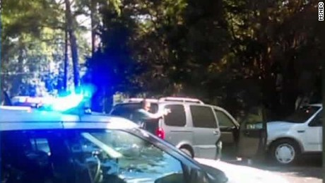 Charlotte Keith Lamont Scott cell video_00004408