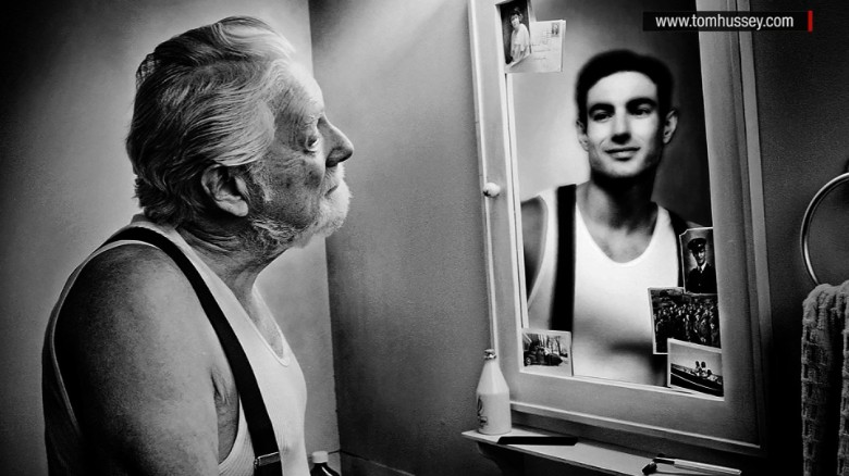Elderly people see reflections of younger selves