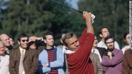 1981:  American golfing champion Arnold Palmer, winner of four Masters Championships, one US Open and two British Open Championships.  (Photo by Fox Photos/Getty Images)