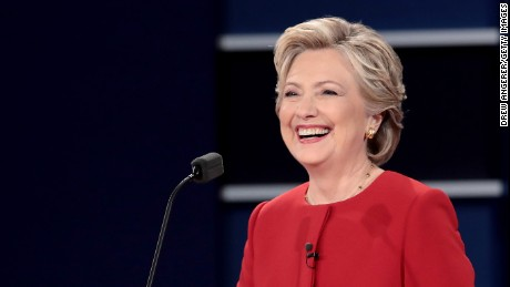 Post-debate poll: Hillary Clinton takes round one