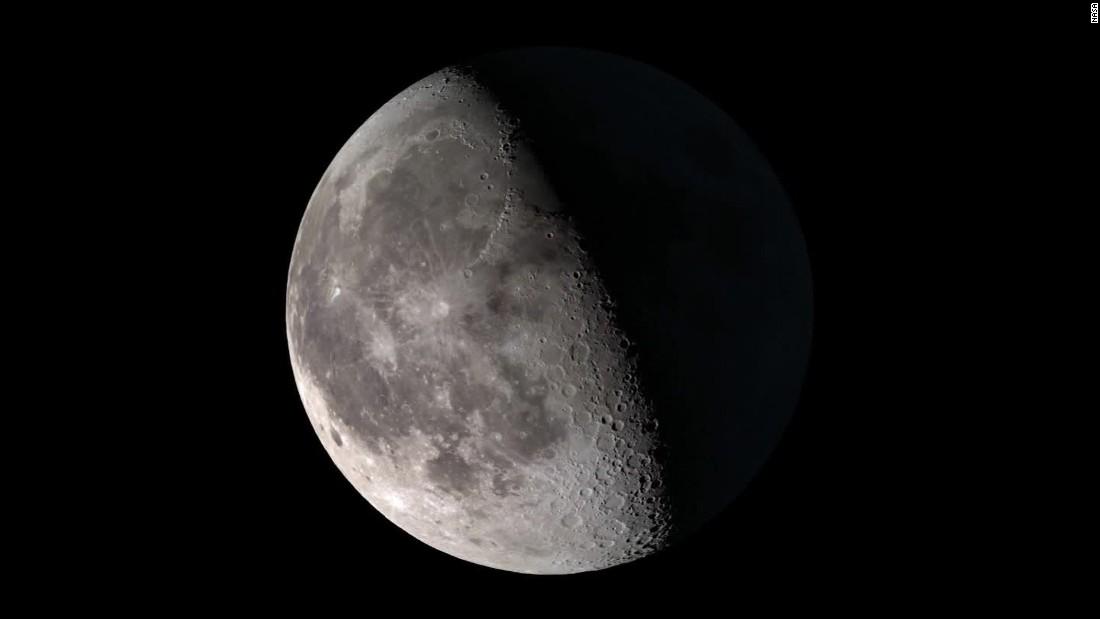 Schwarz, blau, ernten und supermoon. Was ist ein moon ' s Namen?