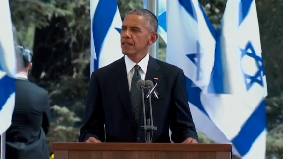 "Obama signed off his speech in Hebrew  saying: Todah rabah, chaver yakar -- ""thank you, dear friend."""