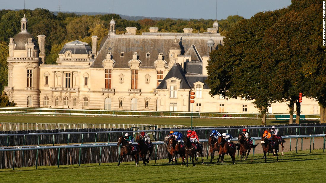 Chantilly proved a picturesque setting for the lucrative day of racing while traditional home Longchamps is revamped.
