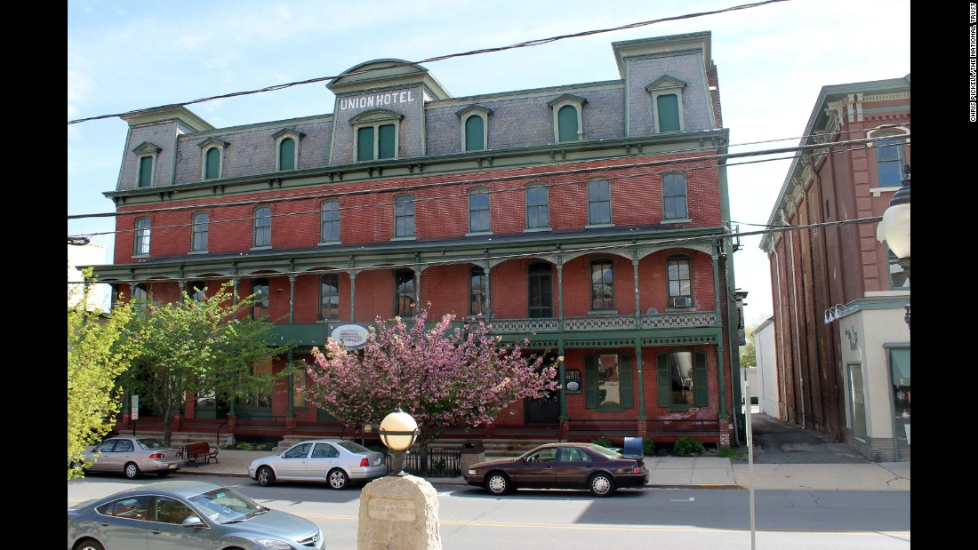 <strong>Historic Downtown Flemington, New Jersey</strong>—Famous as the town that hosted the Charles Lindbergh baby kidnapping trial, the historic Union Hotel and three adjacent buildings are threatened by a development proposal.