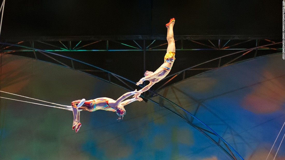 cirque de soleil s trapeze artists work hard to fly right cnn