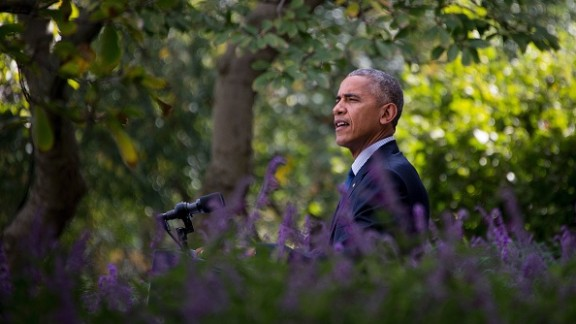 US President Barack Obama speaks about the Paris Agreement from the Rose Garden of the White House in Washington, DC, October 5, 2016. / AFP / JIM WATSON        (Photo credit should read JIM WATSON/AFP/Getty Images)