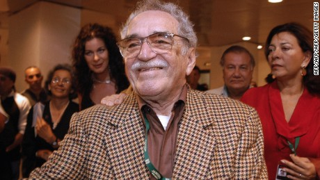 HAVANA, CUBA:  Colombian writer and Nobel Prize for Literature 1982 Gabriel Garcia Marquez attends 05 December, 2006 in Havana the inauguration of the XXVIII New Latin American Cinema festival being held 5-15 December. AFP PHOTO/BALTAZAR MESA  (Photo credit should read BALTAZAR MESA/AFP/Getty Images)