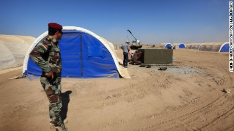 The United Nations and Iraqi government plan to set up a number of camps for displaced people in the Mosul area.