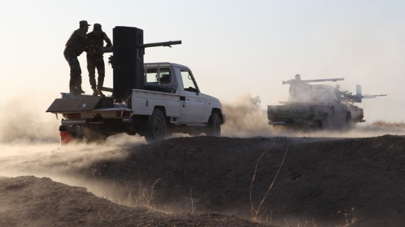 Kurdish Peshmerga forces begin to clear villages on the outskirts of Mosul on October 16, 2016.