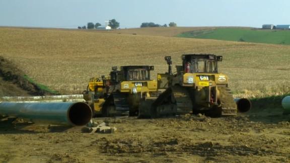 exp Dakota Access Pipeline construction equiptment burned_00002001.jpg