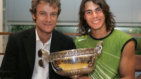 Wilander with Nadal in 2005, after the Spaniard