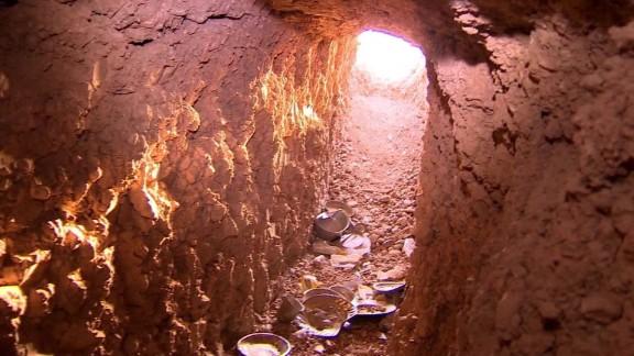 Iraq Mosul ISIS tunnels Damon lkl _00020013.jpg