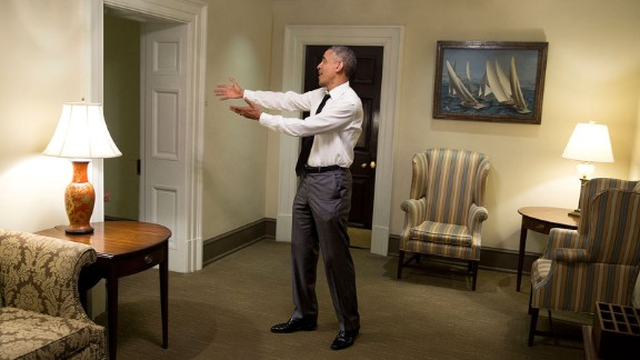 Obama says goodbye to House Minority Leader Nancy Pelosi from a West Wing hallway on April 29, 2015.