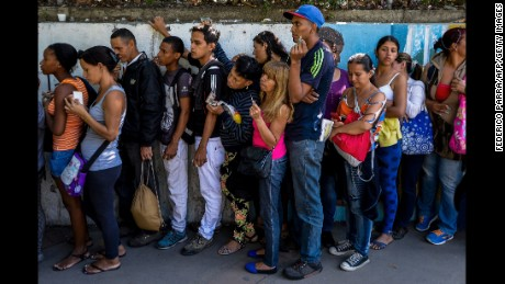 Venezuelan food crisis reflected in skipped meals and weight loss