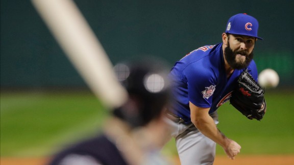 Chicago Cubs starting pitcher Jake Arrieta throws during the first inning of Game 2 of the World Series against the Cleveland Indians on October 26, 2016, in Cleveland. (AP Photo/Gene J. Puskar)