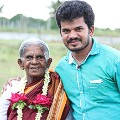 Saalumarada Thimmakka and son